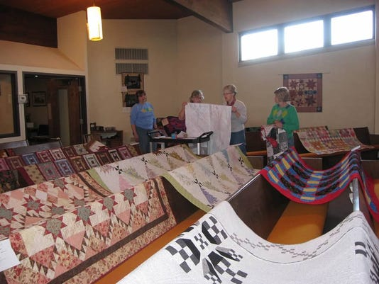 quiltshowset-up2015.jpg