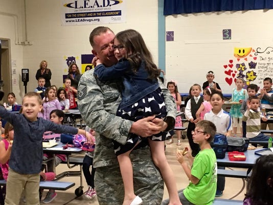 635984122774100254-Welcome-Home-Air Force Sgt. James Avery 2.jpg