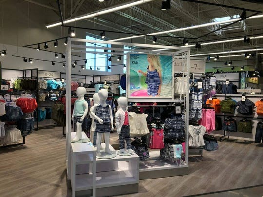 F&F clothing boutiques will be showing up in larger Hy-Vee stores, including two in the Des Moines metro. Shown is the first boutique in a new Hy-Vee in Lakeville, Minn.