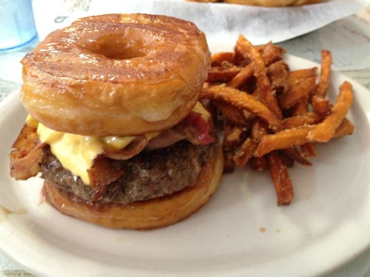 Brooks Burgers expands