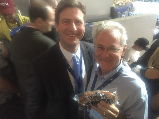 Phoenix Mayor Greg Stanton and Tucson Mayor Jonathan Rothschild spend quality time at the Democratic National Convention.