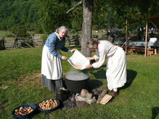 636090155147405681-Smokies-open-fire-cooking.JPG