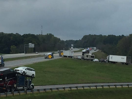 Traffic is shut down on Interstate 71 in Richland County,
