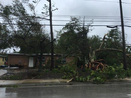 636114550666651475-Hurricane-Matthew-aftermath.jpg