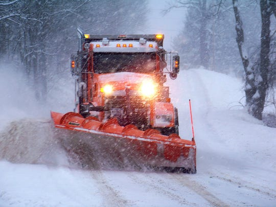 Snow removal equipment maker Douglas Dynamics Inc. plans to expand its operations on Milwaukee's northwest side.