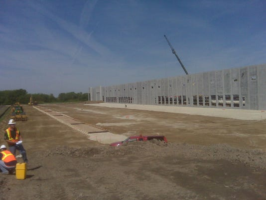 636171505776611215-warehouse-site.jpg