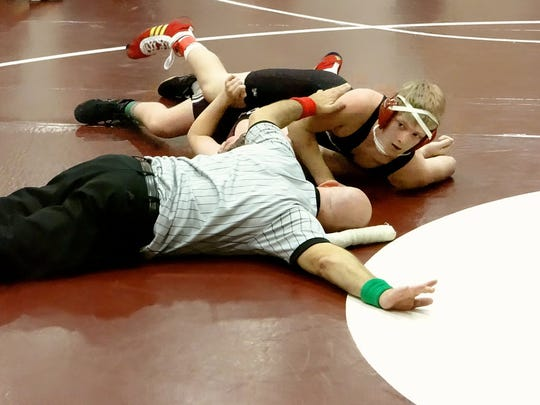 Greg Schlett earned a 5-2 decision for Glen Rock against