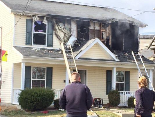 636199113870983917-housefire.jpg