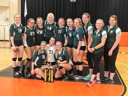 Bishop Brossart volleyball poses with its 10th Region