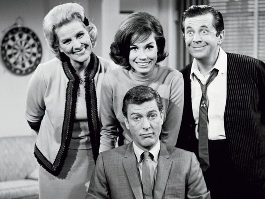 636434146724593370-a.-With-cast-of-The-Dick-Van-Dyke-Show.-Credit-CBS---Calvada-Productions.jpg