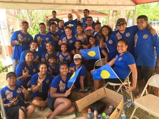 Members of the Palau Belau Kanoe Club team.