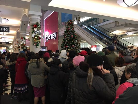 bd3ee0b5a82c3 Thanksgiving Day shopping becoming more popular