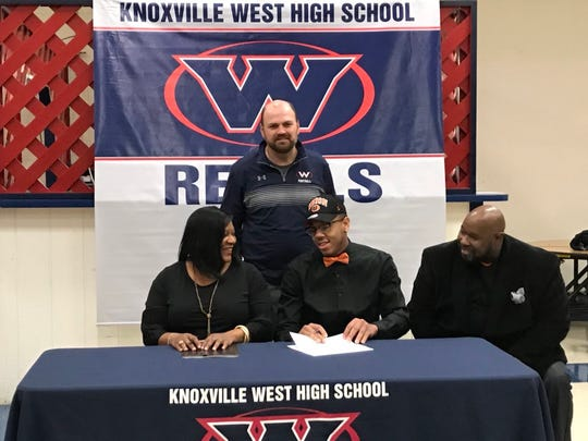 West's Zion McCray signs a letter of intent to play