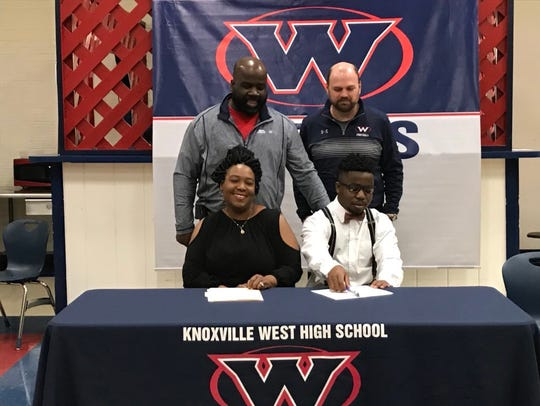 West's Jason Eskridge signs a letter of intent to play