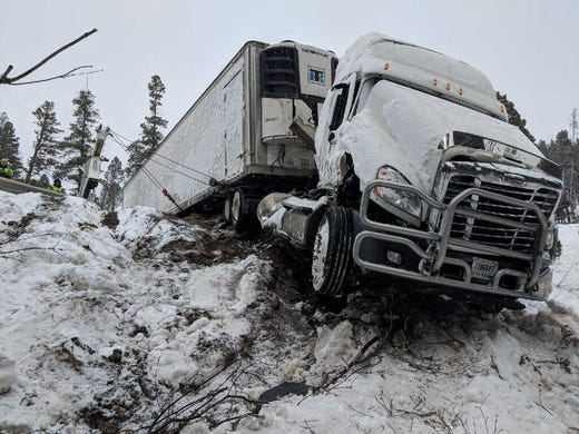It's crazy they're not dead' after Rogers Pass semi-truck wreck