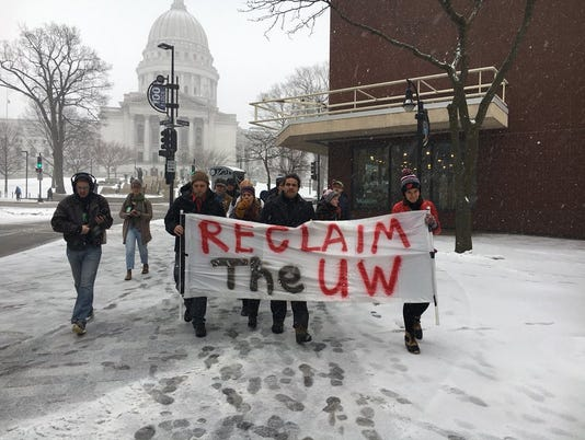 636596637569698289-uwsp-students-march-in-madison.jpg