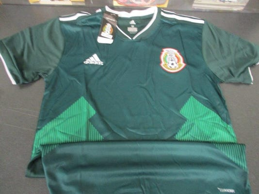 Counterfeit World Cup Mexico jerseys.jpg