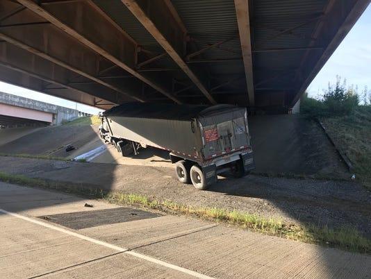 Lloyd Expressway crash 7-19-18