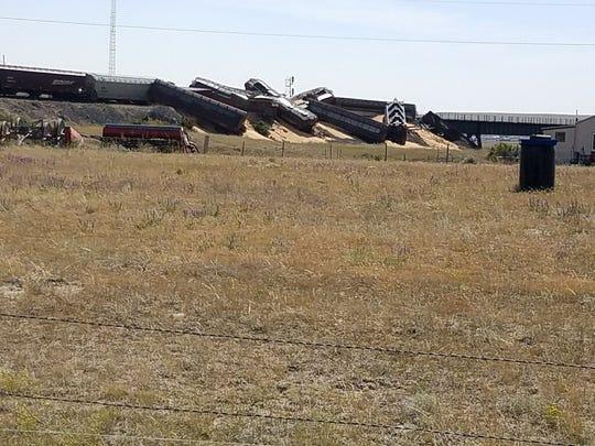 Grain spills from cars that derailed near Cut Bank