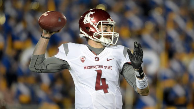 Washington State Cougars quarterback Luke Falk is a popular early pick for the Cardinals for the 2017 NFL draft.