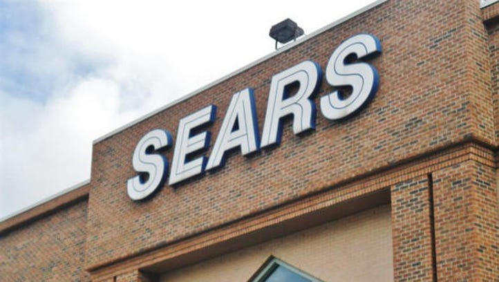 Reno Sears closing its doors at Meadowood Mall, plans for new tenants