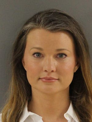 Allison Burchett, charged with identity thief. (KNOX COUNTY SHERIFF'S OFFICE)