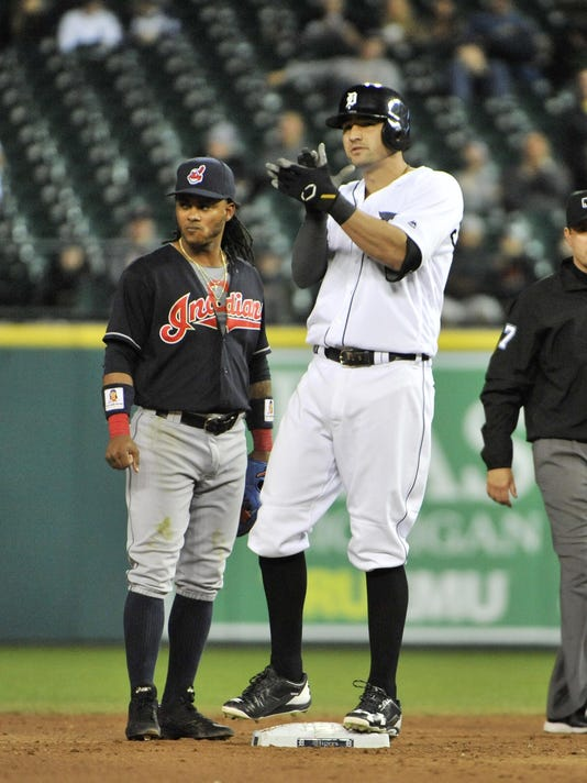 2016-0927-rb-tigers-indians714