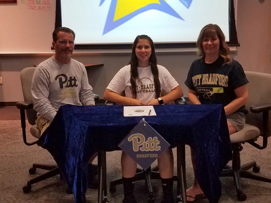 Thomas A. Edison senior Mackenzie Bonyak, with her parents, Tom and Amy, signed May 29 to play softball at the University of Pittsburgh at Bradford.