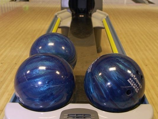 The high school bowling season is underway in mid-Michigan.