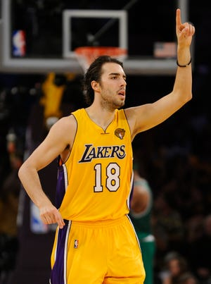 Sasha Vujacic helped the Lakers win consecutive titles in 2009 and 2010.