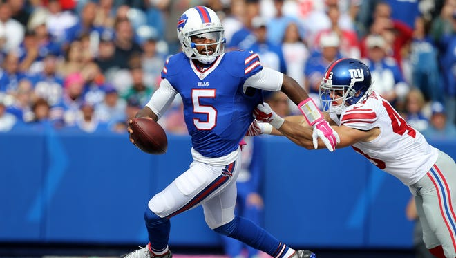 After missing the past two games with an injury, Tyrod Taylor will start at quarterback for the Buffalo Bills on Sunday.
