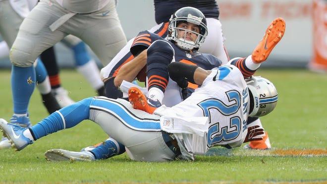 Lions CB Darius Slay sacks the Bears' Brian Hoyer on Sunday, Oct. 2, 2016.