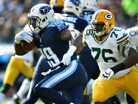 Titans running back DeMarco Murray (29) runs for a touchdown on the second play of the game at Nissan Stadium Sunday, Nov. 13, 2016, in Nashville, Tenn.