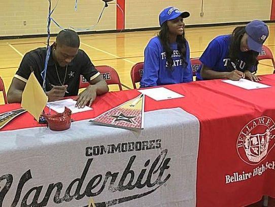 Maxwell Evans signed with Vanderbilt's basketball team