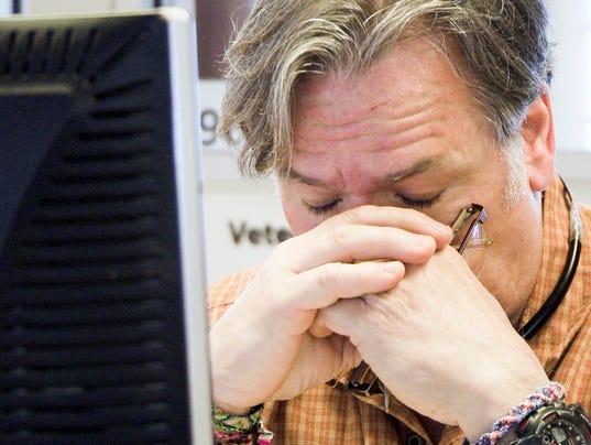 Suicide hotline failing vets
