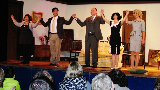 """The cast of """"Private Lives"""" takes a well-deserved curtain call."""