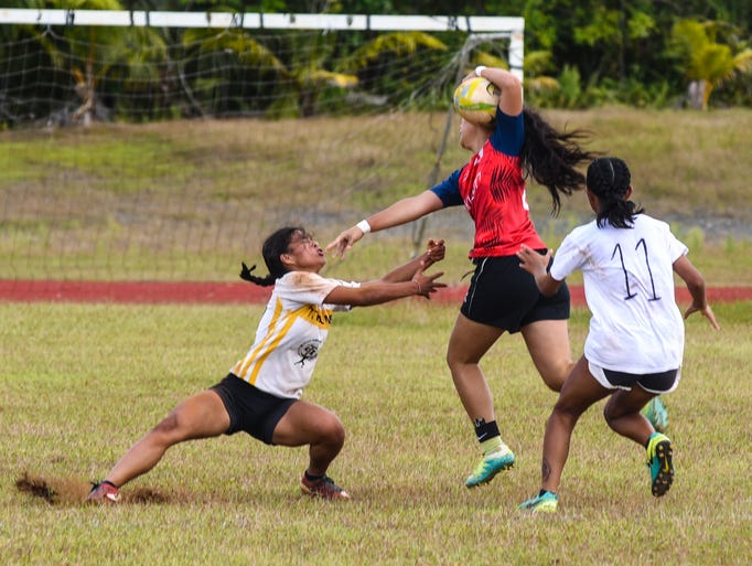 Okkodo Lady Bulldogs' Shermia Cruz shakes and breaks