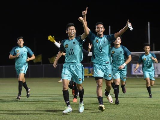 636175582840460202-Soccer-15.jpg