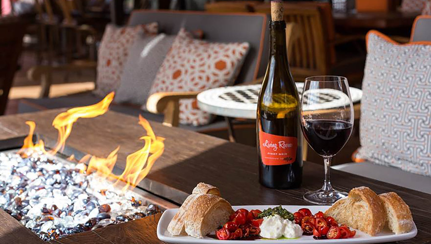 Living Room Wine Cafe Blk Live Waba Grill, The Living Room Scottsdale