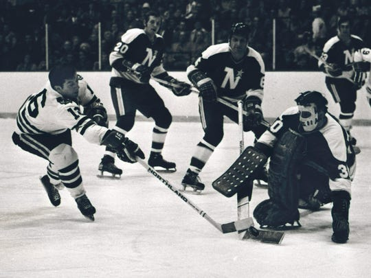 FILE - In this Jan. 16, 1972, file photo, Chicago Blackhawks