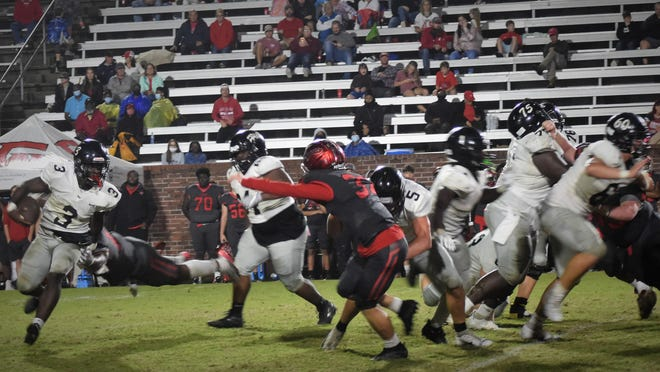 """Richmond Hill running back Kenyan """"Nuna"""" Hunter carried seven times for 24 yards in Richmond Hill's 7-5 loss to Glynn Academy on Friday in Brunswick. The Wildcats fell to 7-2 on the season."""