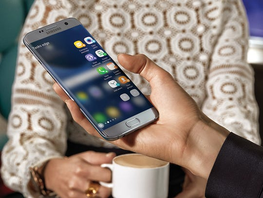 A promotional image from Samsung shows the Galaxy S7