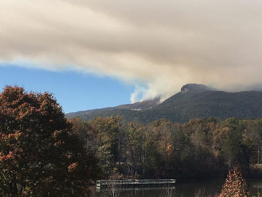 Pinnacle-mountain-fire.jpg