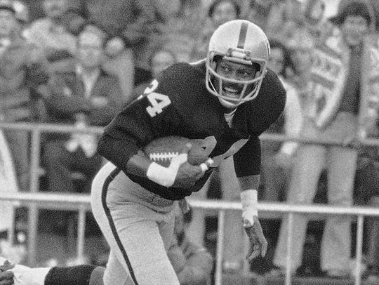 Willie Brown was one of the best cornerbacks of all