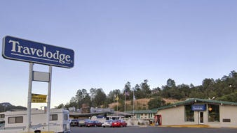 Ruidoso Police said an Albuquerque couple were found dead Sunday in an apparent homicide-suicide at the Ruidoso Travelodge.