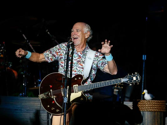 Jimmy Buffett Spends Tuesday Night Sailing With 12000 In Des Moines