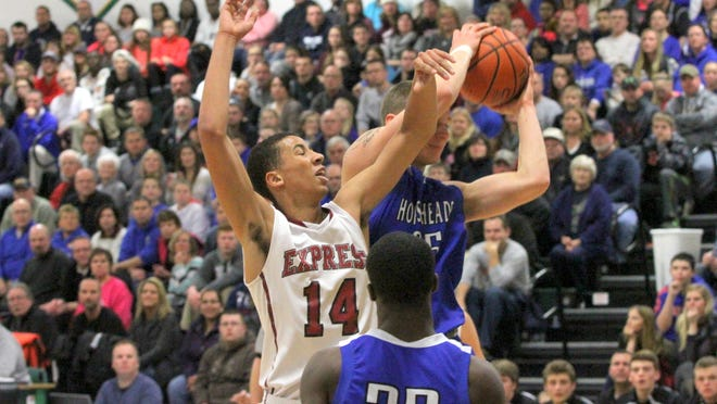 Several games at the Josh Palmer Fund Elmira Fund Holiday Classic were played in front of packed gyms at Elmira High School, including Sunday's National Division quarterfinal between Horseheads and Elmira.