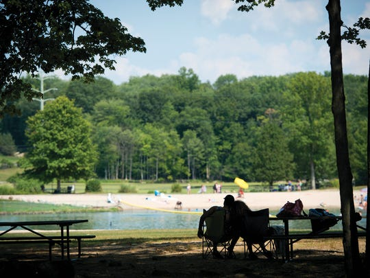 Lake Hopatcong, Greenwood Lake algae bloom: 8 other places