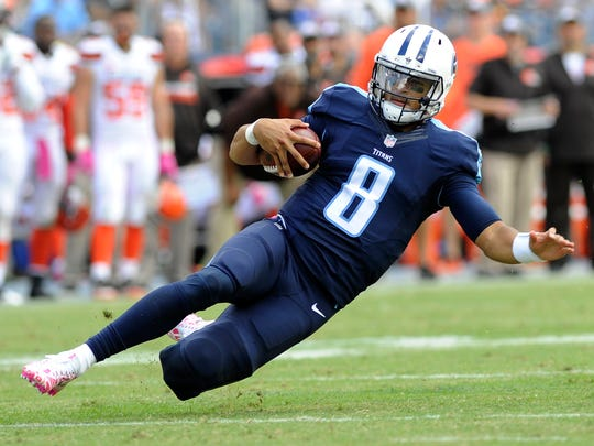 Titans quarterback Marcus Mariota gains big yards in
