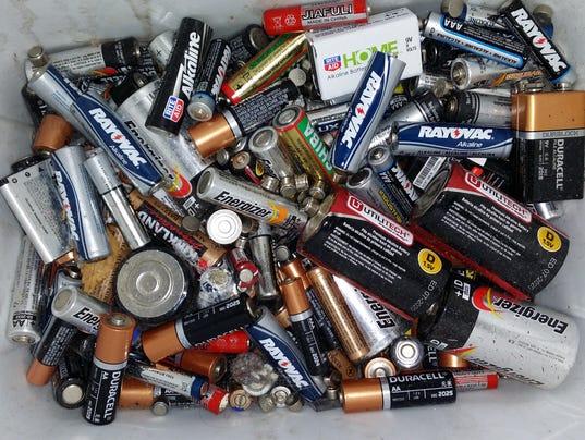635956319752624105-batteries.jpg